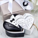 Bride And Groom Design Curio Trinket Box FavorsBride And Groom Design Curio Trinket Box Favors