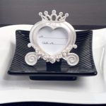 Heart Shaped Wedding Coach Place Card Frame Pearl WhiteHeart Shaped Wedding Coach Place Card Frame Pearl White