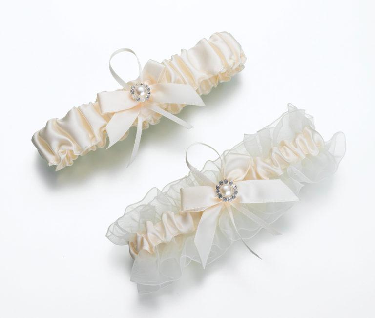 Set of 2 Ivory Pearl Garters