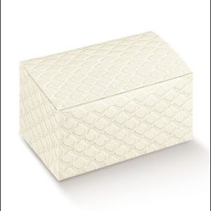 Trapunta Quilted Rectangle Box With Folded Lid 115x80x55Trapunta Quilted Rectangle Box With Folded Lid 115x80x55