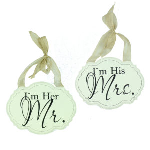 Amore MDF Wall Plaques I'm Her Mr. And I'm His Mrs. Set of 2Amore MDF Wall Plaques I'M Her Mr. And I'M His Mrs. Set of 2