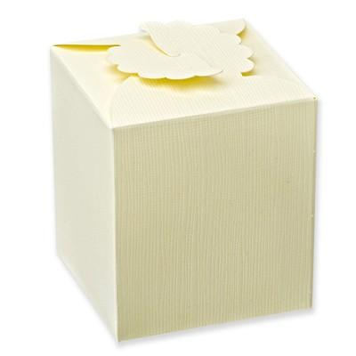 Ivory Silk Daisy Square Box (80x80x90mm)