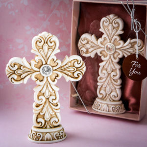 Exquisite Baroque design Cross statueGlorify the tables of your religious event with a stunning Cross placed as a center-piece on each. Then offer one to every guest as a special favor to take home at the end of the occasion.