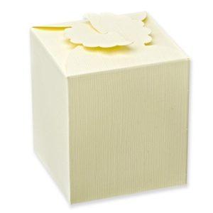 Ivory Silk Daisy Square Box (80x80x90mm)Ivory Silk Daisy Square Box