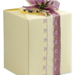 Ivory Silk Daisy Square Box (100x100x120mm)Ivory Silk Daisy Square Box